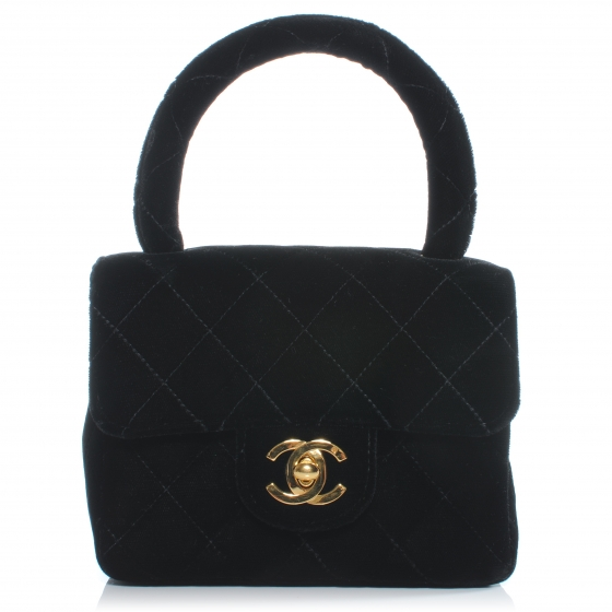 Bolsa Mini Kelly de veludo da Chanel.