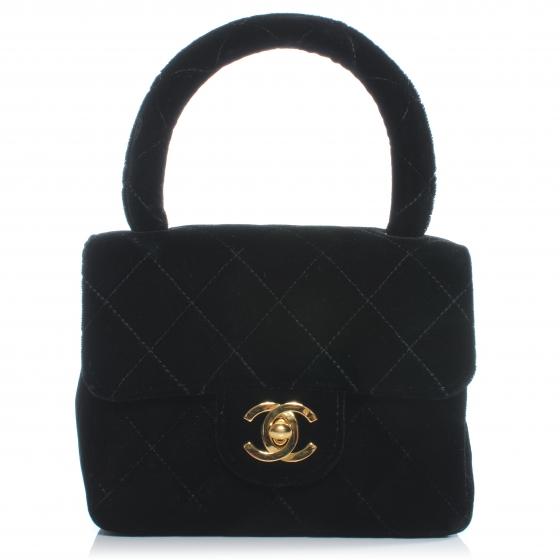 Bolsa Mini Kelly de veludo da Chanel.