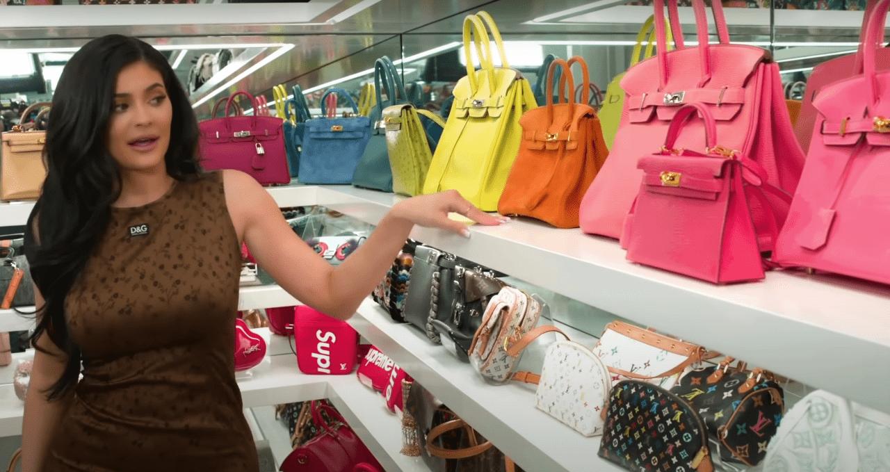 Kylie Jenner e suas bolsas da Hermès.