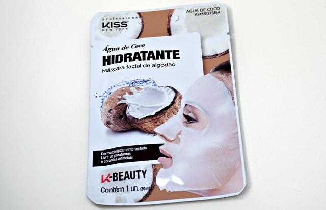 Máscara de algodão hidratante da Kiss New York.